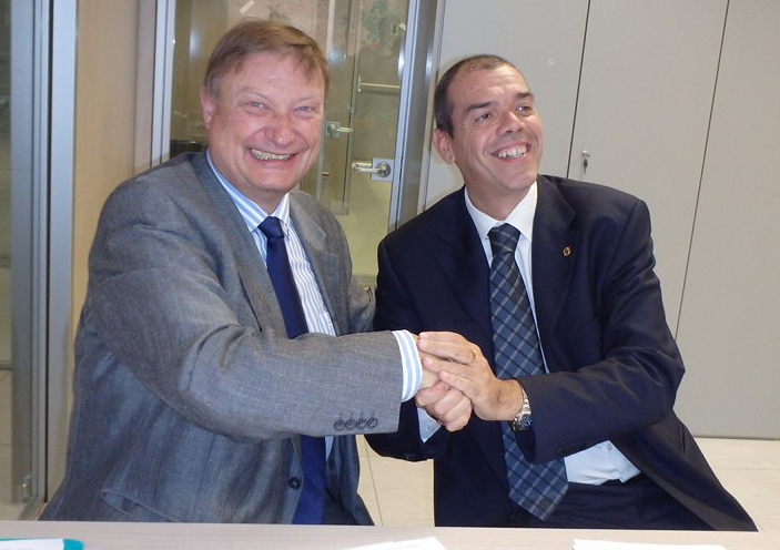 Contract signed by the EBL and FIGB presidents